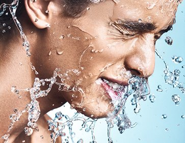 Portrait Editorial Liquid Splash